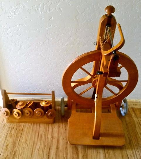 Schacht Spinning Wheel